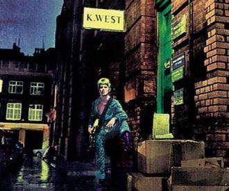 Dreaming of Ziggy Stardust ft. Cápsula