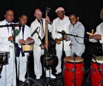 Orquesta Carlos Caro & Sabor Cubano