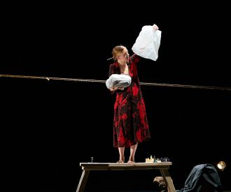 Antártica - The Bag Lady Theater