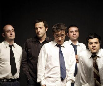 Love of Lesbian-background