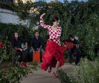 Entradas de espect culos y teatro en granada for Jardines de zoraya granada