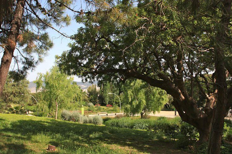 Jardins de joan brossa barcelona programaci n y venta for Jardines de joan brossa