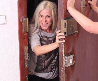 Knock Knock soy yo